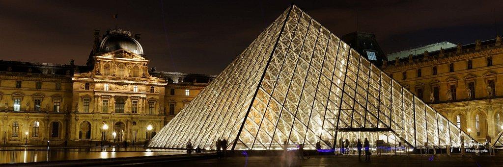 Paris-by-Night-0012.jpg
